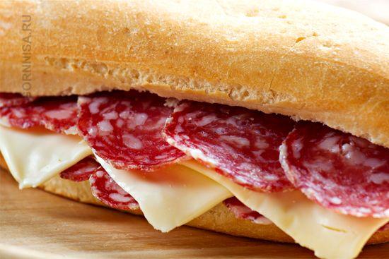 Что нельзя есть на завтрак   Бутерброд с колбасой