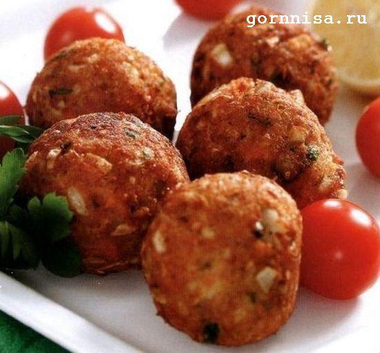 Рыбные шарики из хека. Рецепты для детей https://gornnisa.ru/