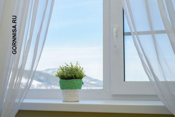 Белые, светлые шторы на окнах - https://gornnisa.ru